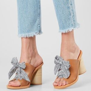Dolce Vita Bow Mules